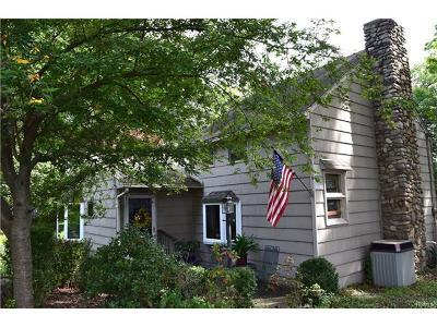 Warwick Single Family Home For Sale: 47 Wheeler Avenue