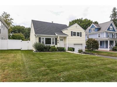 White Plains Single Family Home For Sale: 109 Alexander Avenue