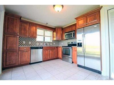 Somers Condo/Townhouse For Sale: 500b Heritage #B