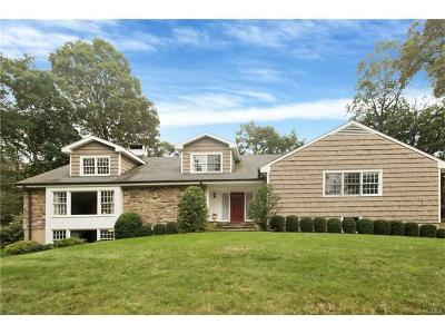 Connecticut Single Family Home For Sale: 28 Boulder Brook Road