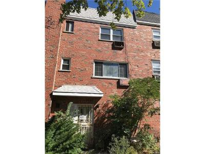 Bronx Multi Family 2-4 For Sale: 2958 Radcliff Avenue
