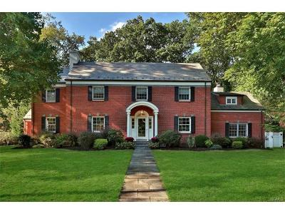New Rochelle Single Family Home For Sale: 129 Melrose Drive