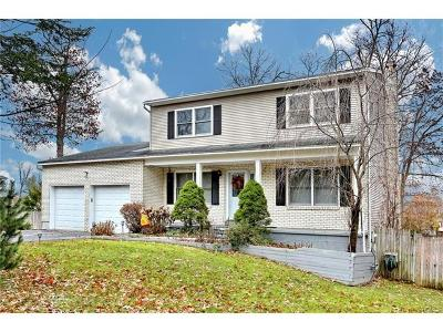 Rockland County Single Family Home For Sale: 4 Kifi Court