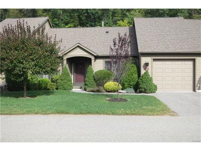 Somers Condo/Townhouse For Sale: 903 Heritage Hills #C