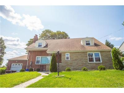 Yonkers Single Family Home For Sale: 36 Carlton Avenue