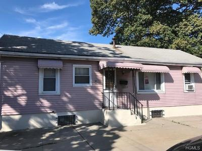 Bronx Single Family Home For Sale: 3255 Barkley Avenue #B