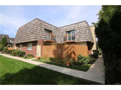 Warwick Condo/Townhouse For Sale: 79 Laudaten Way