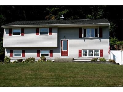 Monroe Single Family Home For Sale: 331 Lake Shore Drive