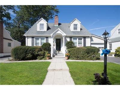 Pelham Single Family Home For Sale: 443 Third Avenue