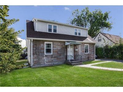 White Plains Single Family Home For Sale: 31 Carlton Street