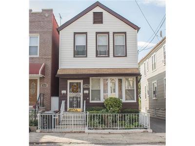 Multi Family 2-4 For Sale: 1641 Pilgrim Avenue