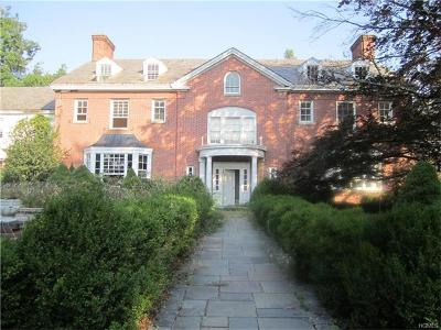Goshen Single Family Home For Sale: 62 Old Chester Road