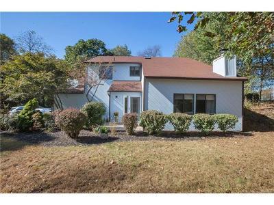 Goshen Single Family Home For Sale: 9 Hopkins Terrace