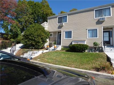 Brewster Condo/Townhouse For Sale: 22 Brewster Woods Drive