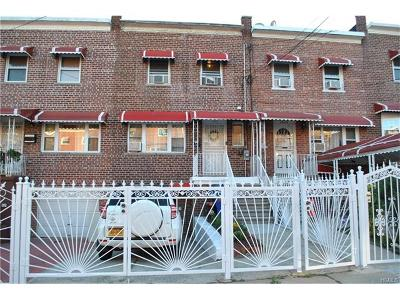 Bronx Single Family Home For Sale: 1046 East 219th Street