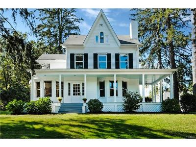 Westchester County Single Family Home For Sale: 43 North Greenwich Road