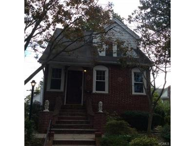 Yonkers Single Family Home For Sale: 4 Kenilworth Road