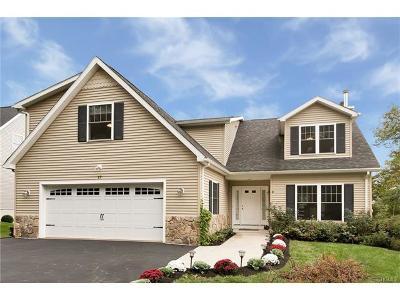 White Plains Single Family Home For Sale: 17 Springdale Avenue