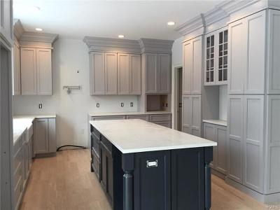 Connecticut Single Family Home For Sale: 1 Barn Brook Drive