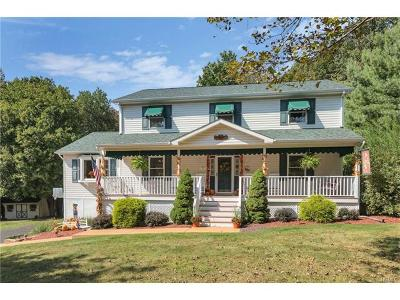 Monroe Single Family Home For Sale: 27 Edward Place