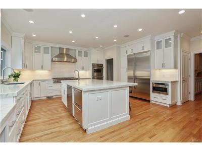 Scarsdale Single Family Home For Sale: 116 Fox Meadow Road