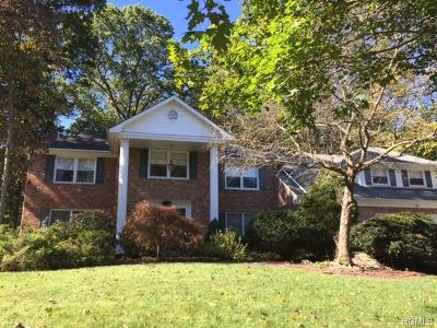 Single Family Home For Sale: 41 Newport Drive