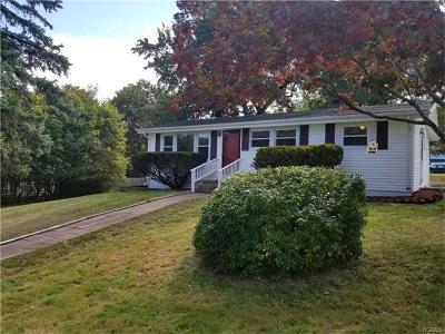 New Windsor Single Family Home For Sale: 9 Kearney Drive