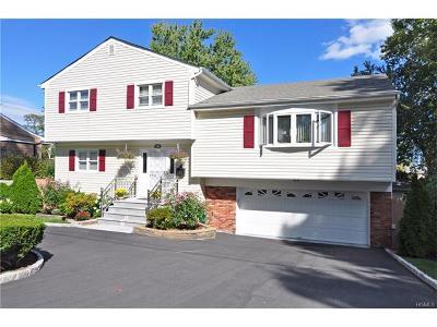 White Plains Single Family Home For Sale: 132 Bowbell Road