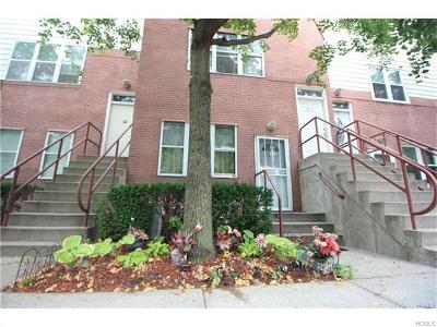 Bronx Condo/Townhouse For Sale: 220 Neptune #7220A