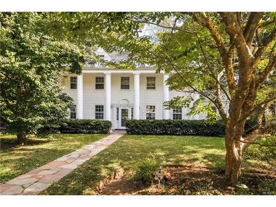 Scarsdale Single Family Home For Sale: 22 Woods Lane