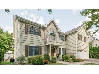 White Plains Single Family Home For Sale: 496 Ridgeway