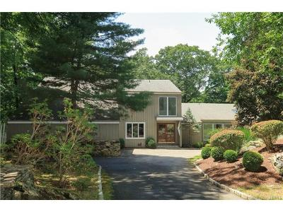Westchester County Single Family Home For Sale: 8 The Logging Road