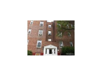 Yonkers Condo/Townhouse For Sale: 150 Ravine Avenue #1C