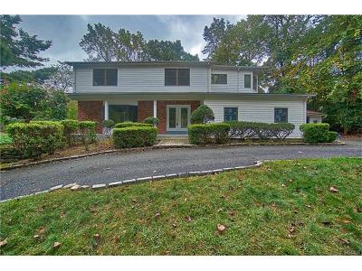 Rockland County Single Family Home For Sale: 20 Cairngorm Road