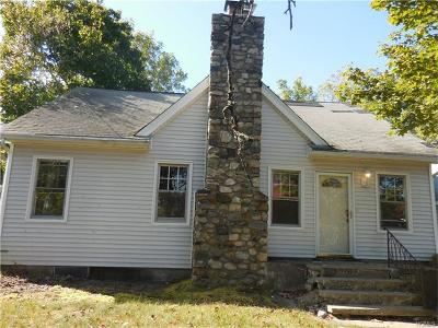 Westchester County Single Family Home For Sale: 1919 Maple Hill Street