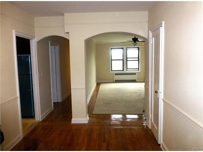 White Plains Condo/Townhouse For Sale: 300 Main Street #1H