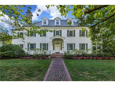 New Rochelle Single Family Home For Sale: 1 Taymil Road