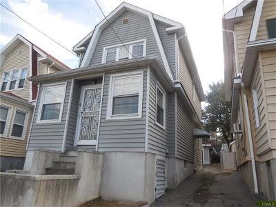 Yonkers Single Family Home For Sale: 84 Hyatt Avenue