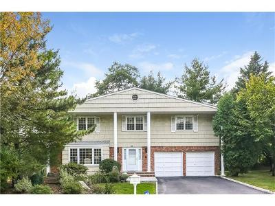 Scarsdale Single Family Home For Sale: 68 Country Ridge Road