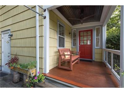 Single Family Home For Sale: 487 South Pascack Road