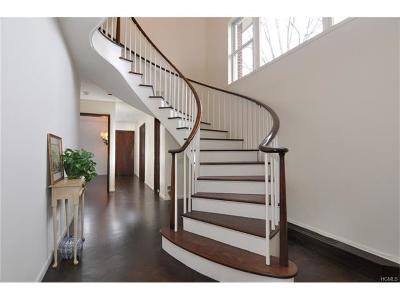 Bronxville Single Family Home For Sale: 2 Northway
