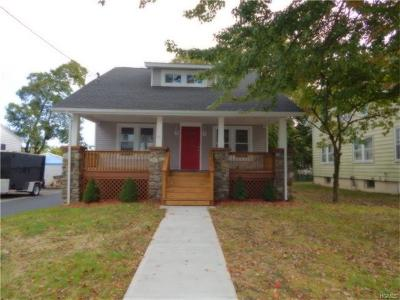 Middletown Single Family Home For Sale: 25 Columbia Avenue