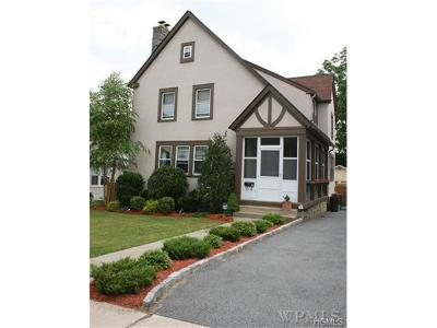 Westchester County Single Family Home For Sale: 51 Clark Place