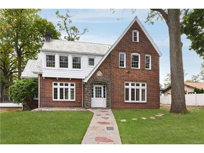 Westchester County Single Family Home For Sale: 2 Rockland Avenue