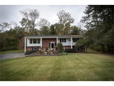 Chappaqua Single Family Home For Sale: 8 Colony Row