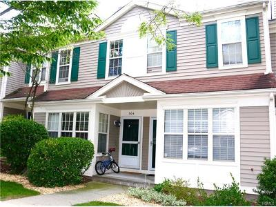Westchester County Condo/Townhouse For Sale: 904 Pondside Drive