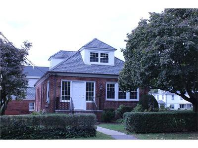 Westchester County Single Family Home For Sale: 78 Saratoga Avenue