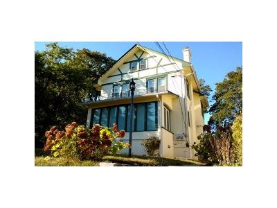 Westchester County Multi Family 2-4 For Sale: 918 Phoenix Avenue