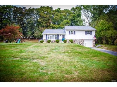 New Windsor Single Family Home For Sale: 3 Harth Drive