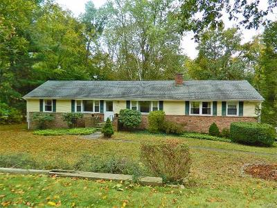 Connecticut Single Family Home For Sale: 151 Thornridge Drive